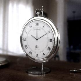 Orologio elegante da scrivania