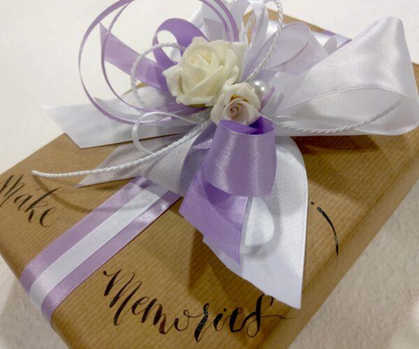 Pacchetto regalo artigianale - lilla